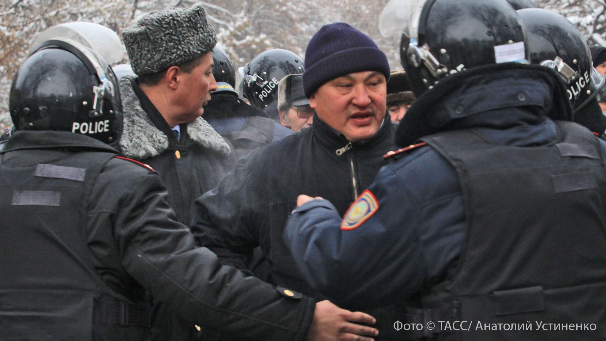 Этнические чистки или бытовой конфликт: что произошло в поселении дунган на юге Казахстана