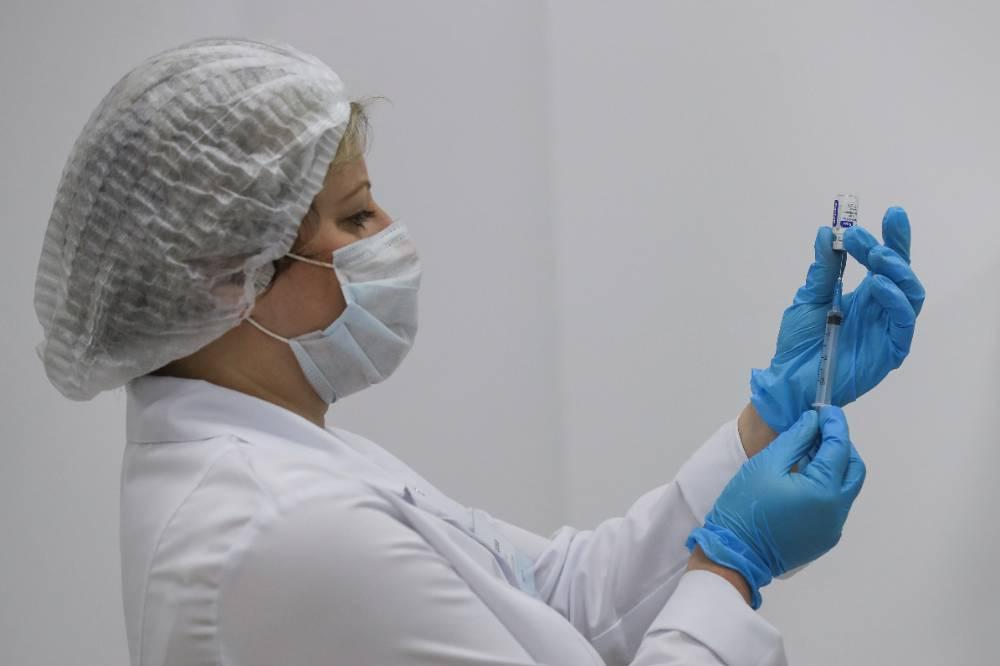 Каждый десятый россиянин заявил, что готов сделать прививку от коронавируса