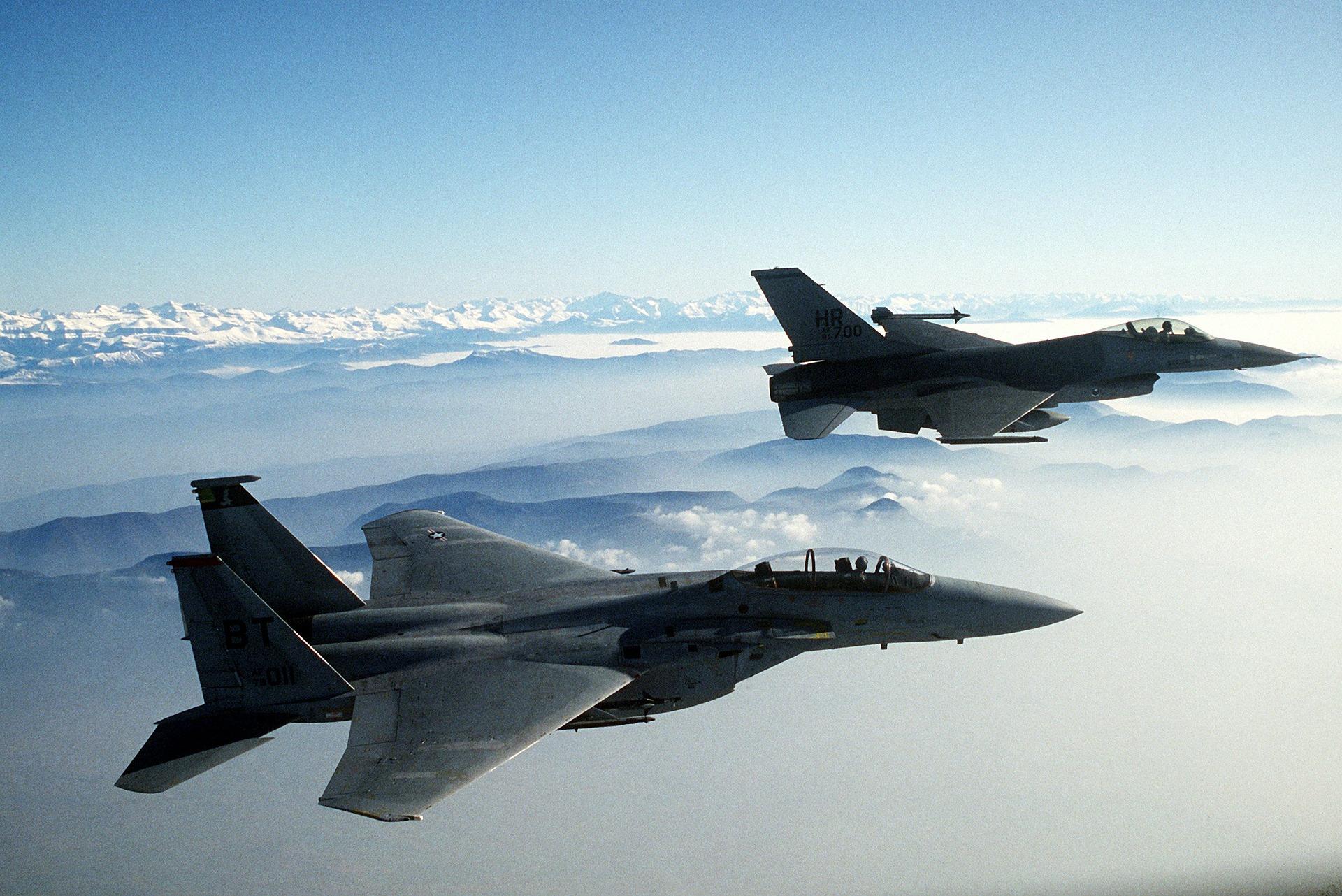 США по приказу Байдена нанесли удар по объектам проиранских групп в Сирии