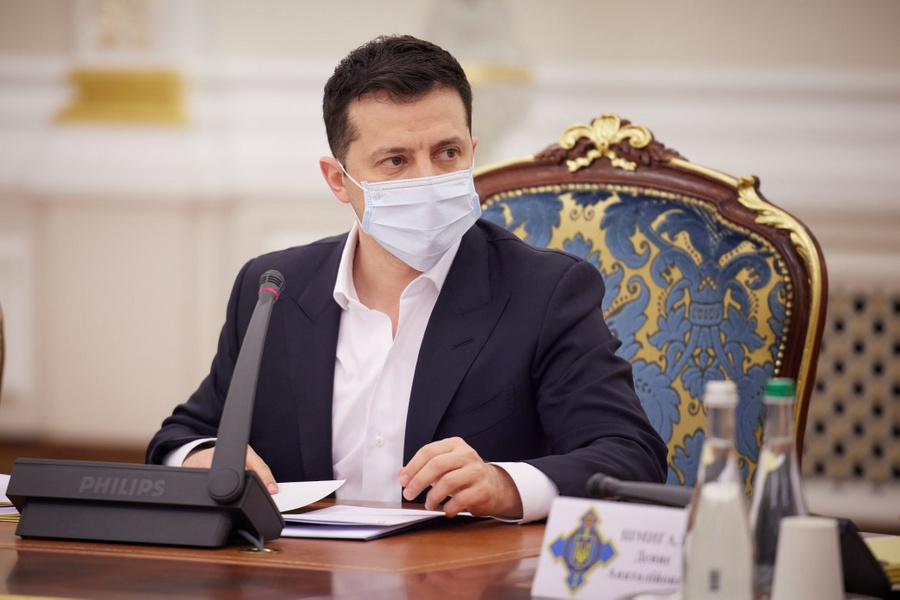 "<p>Фото © <a href=""https://www.president.gov.ua/ru/news/rnbo-zaprovadila-sankciyi-j-pidgotuvala-strategiyu-deokupaci-66829"" target=""_blank"" rel=""noopener noreferrer"">Сайт президента Украины</a></p>"
