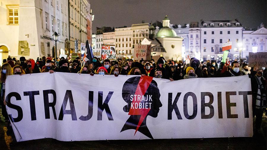 Протесты против запрета абортов в Польше. Фото © ТАСС / Filip Radwanski / SOPA Images via ZUMA Wire