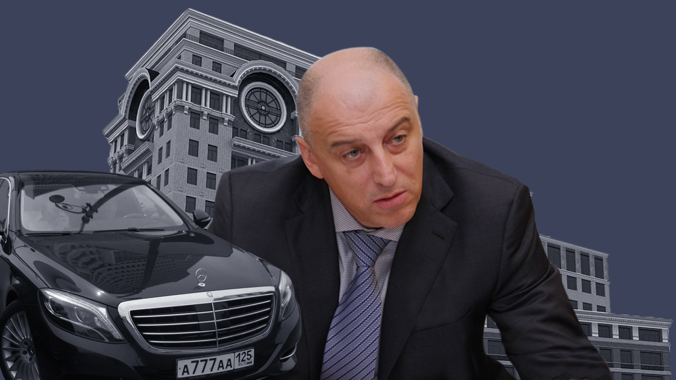 "<p>Коллаж © LIFE. Фото ©<a href=""https://newizv.ru/news/incident/27-01-2021/u-deputata-sergeya-sopchuka-iz-yali-aktivy-na-38-mlrd-rubley"" target=""_blank"" rel=""noopener noreferrer"">newizv.ru</a>, <a href=""https://yandex.ru/images/search?pos=30&from=tabbar&img_url=http://3dmoscow.ru/plugins/base/images/photo_739_3760.jpg&text=%D1%8F%D0%BA%D0%B8%D0%BC%D0%B0%D0%BD%D0%BA%D0%B0%2022&rpt=simage"" target=""_blank"" rel=""noopener noreferrer"">yandex maps</a>, telegram</p>"