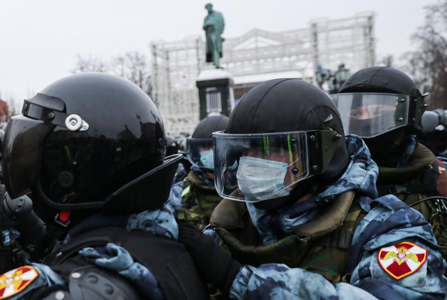 Фото © ТАСС /Сергей Савостьянов