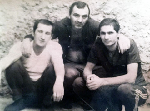Слева направо: Шакро Молодой, Таро. Фото © mzk1.ru