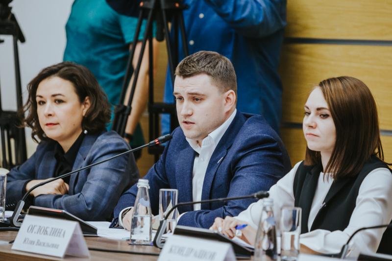 """<p>Фото © <a href=""""https://onf.ru/2019/10/09/rukovoditel-ispolkoma-onf-mihail-kuznecov-segodnya-predstavil-svoih-zamestiteley/"""" target=""""_blank"""" rel=""""noopener noreferrer"""">Onf.ru</a></p>"""