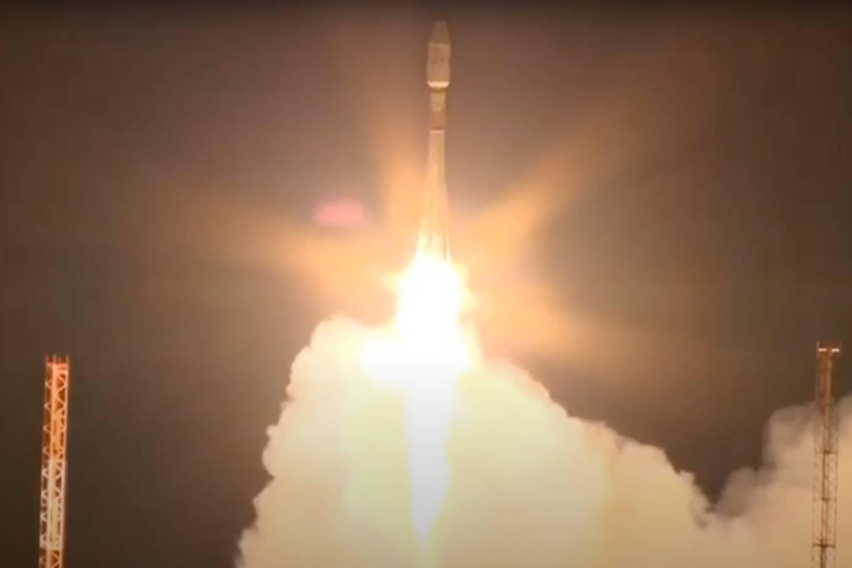 Ракета-носитель Союз-2.1б с 36 спутниками OneWeb стартовала с космодрома Восточный
