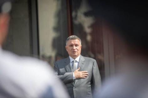 В Совфеде назвали Авакова садистом после призывов к военному сценарию для освобождения Крыма