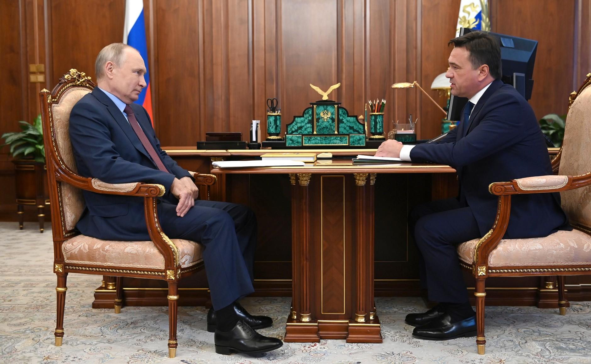 Путин: Правительство выделит 10 млрд рублей на строительство дорожных развязок в Подмосковье