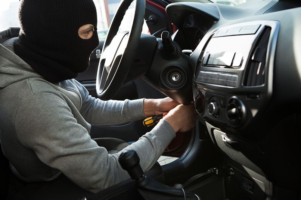 """Одним из самых популярных способов угона авто в Москве оказалась """"Удочка"""""""