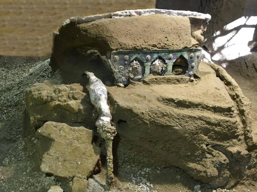 <p>Фрагмент древней колесницы. Фото © Archaeological Park of Pompeii</p>