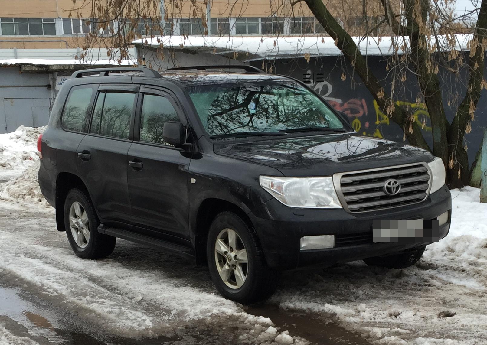 Toyota Land Cruiser 200 Дашдамирова. Фото ©Avto-nomer.ru