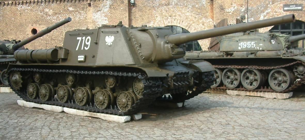ИСУ-122. Фото © Wikipedia