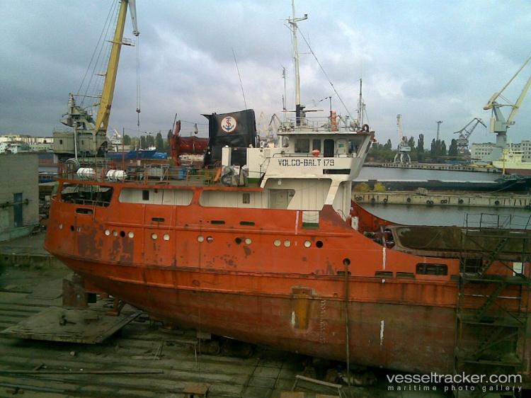 "<p>Фото © <a href=""https://www.vesseltracker.com/en/Ships/Volgo-Balt-179-8231019/gallery/256551"" target=""_blank"" rel=""noopener noreferrer"">Vesseltracker</a></p>"