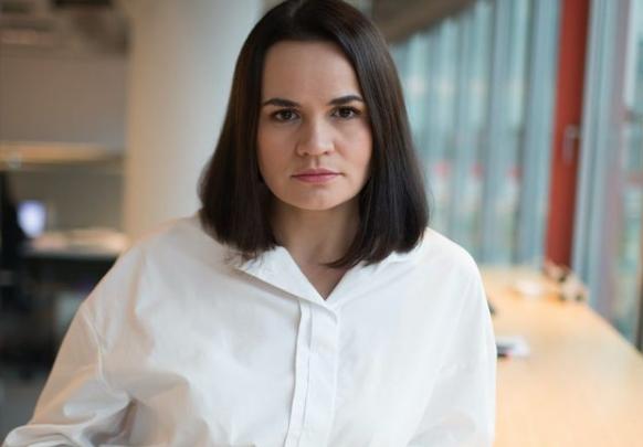 """""""Бред сивой кобылы"""": Политтехнолог высмеял попытки Тихановской склонить Лукашенко к переговорам через онлайн-голосование"""