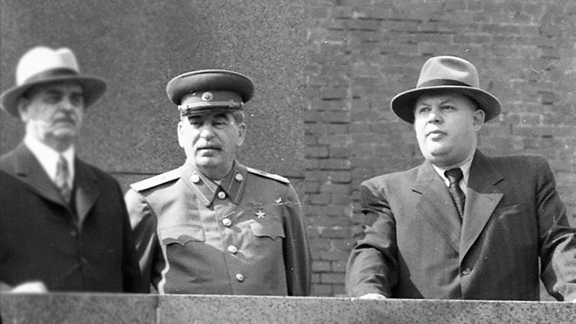 "<p>Фото © <a href=""https://russian7.ru/post/nikolay-voznesenskiy-za-chto-v-1949-godu-ra/"" target=""_blank"" rel=""noopener noreferrer"">Русская семерка</a></p>"