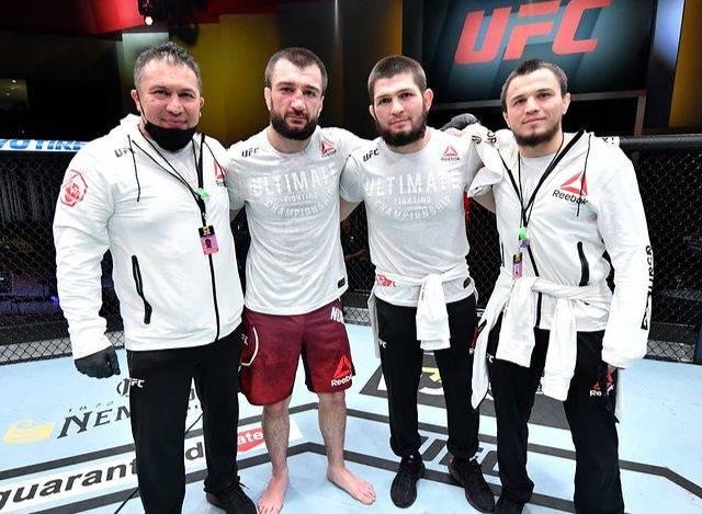 Трансформация Хабиба в тренера с большой буквы: как брат Нурмагомедова одержал первую победу в UFC