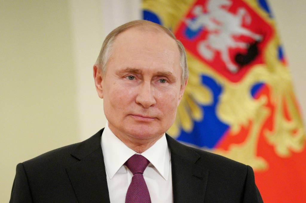 Путин рассказал, когда в России снимут коронавирусные ограничения
