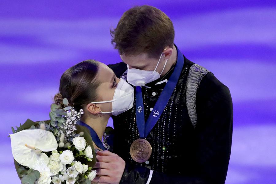 <p>Александра Бойкова и Дмитрий Козловский. Фото © ТАСС / Наталия Федосенко</p>