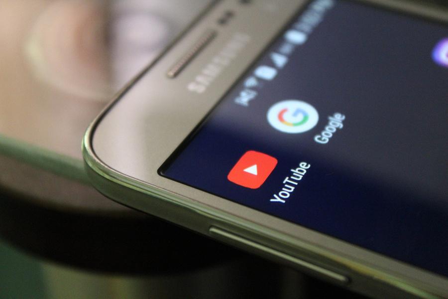 Российские пользователи пожаловались на сбой в работе Google и YouTube