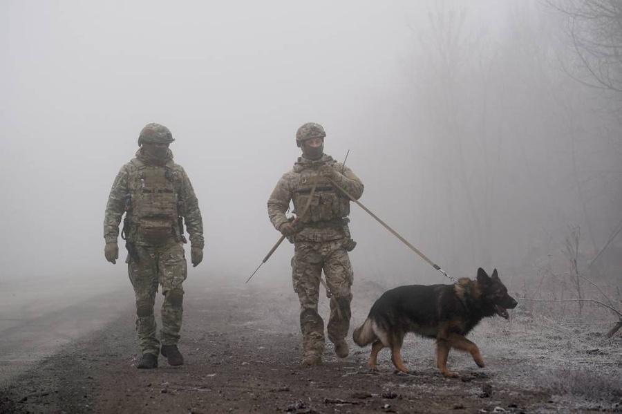 <p>Фото © ТАСС / AP / Evgeniy Maloletka</p>