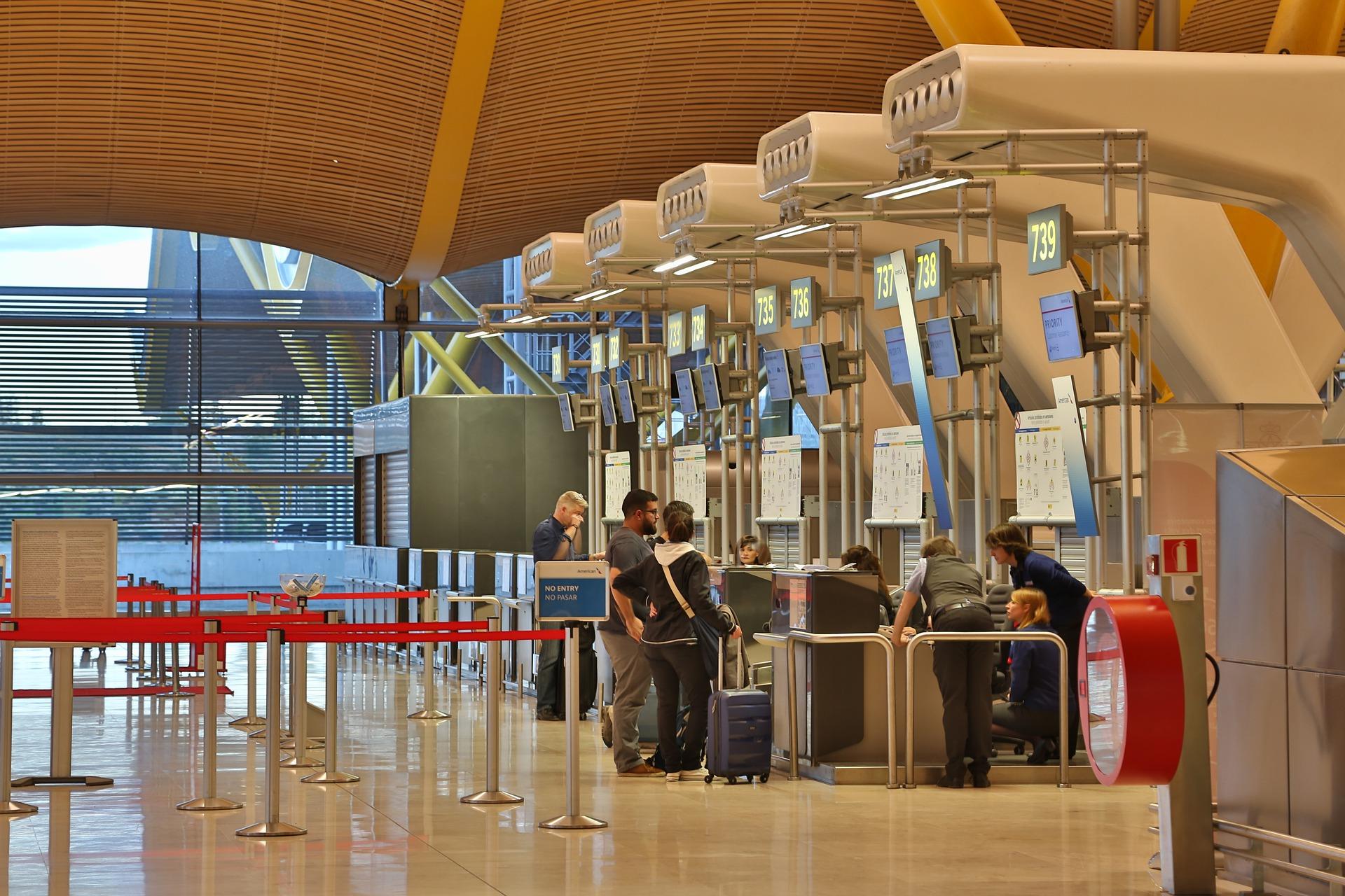 Регистрацию в российских аэропортах предложили сделать платной