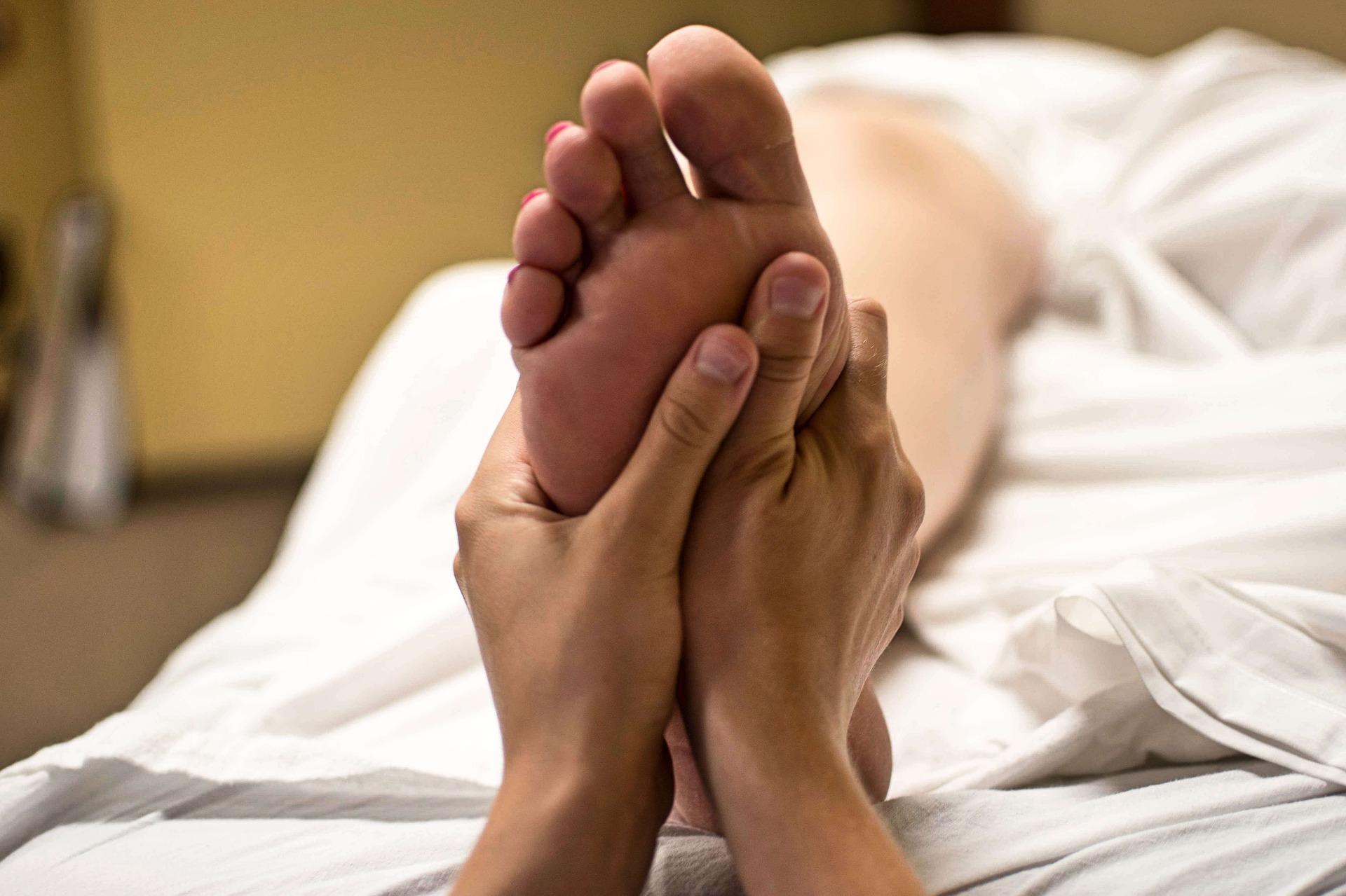 Массаж ног. Фото © Pixabay / massagenerds