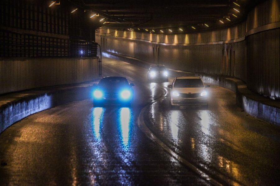 Московских водителей призвали к осторожности на дорогах из-за гололедицы