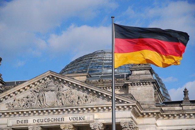 В Германии двух человек осудили за нарушение эмбарго ЕС против России