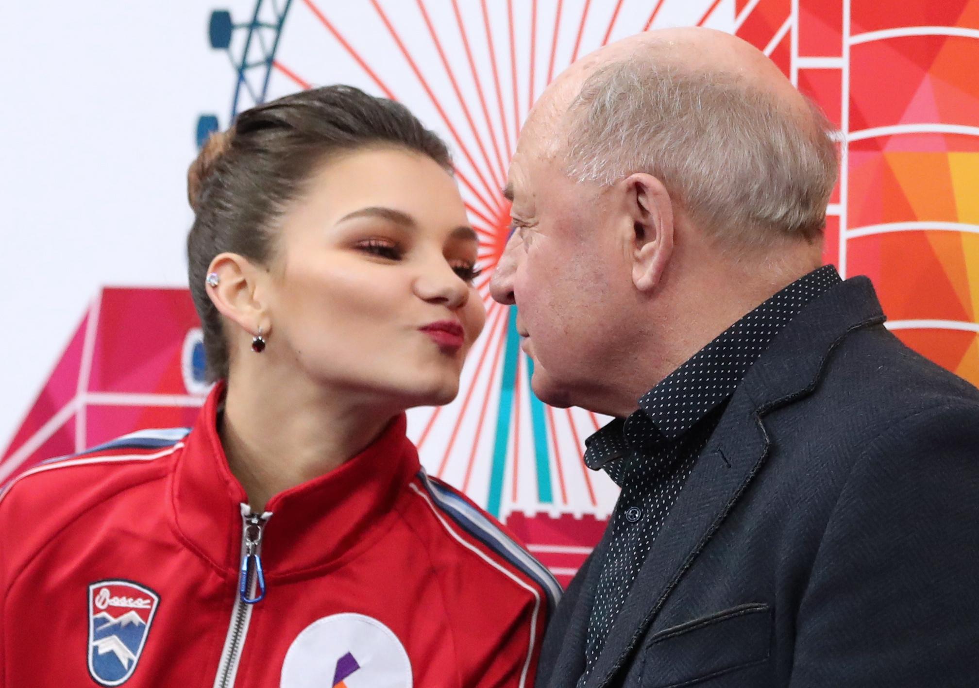 Самодурова с тренером Мишиным. Фото © ТАСС / Наталия Федосенко