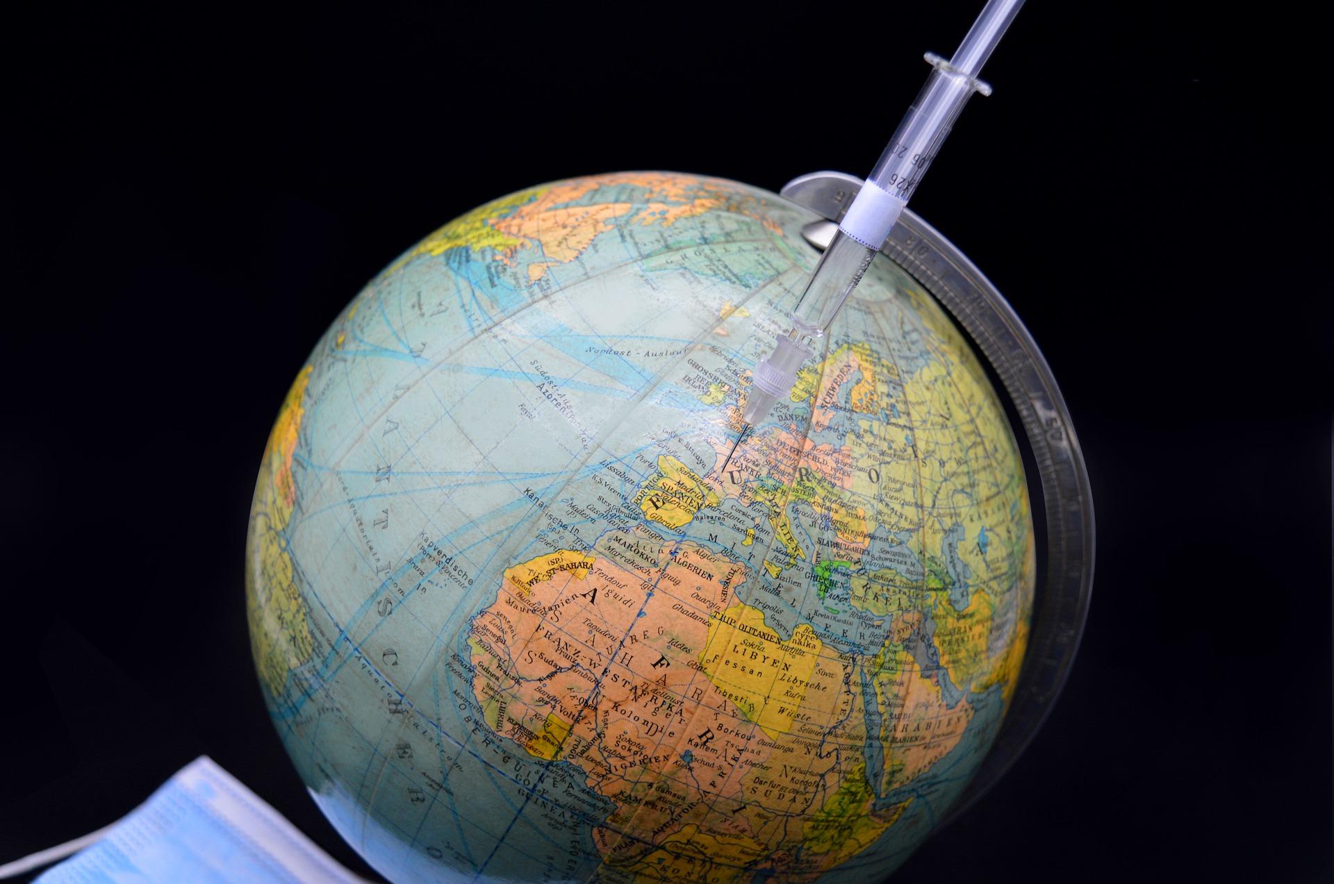 Число привившихся от коронавируса в мире превысило 300 миллионов человек