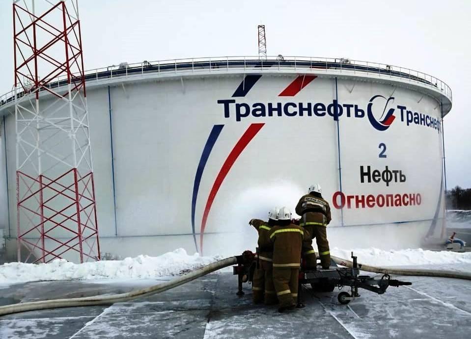 Разлив нефтепродуктов произошёл на перерабатывающей станции в Приамурье