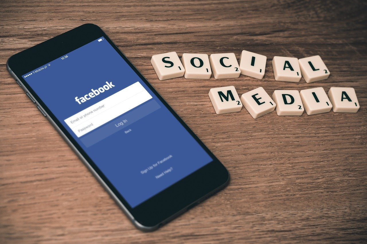 Facebook заблокировал основанные на релизе ФСБ статьи российских СМИ