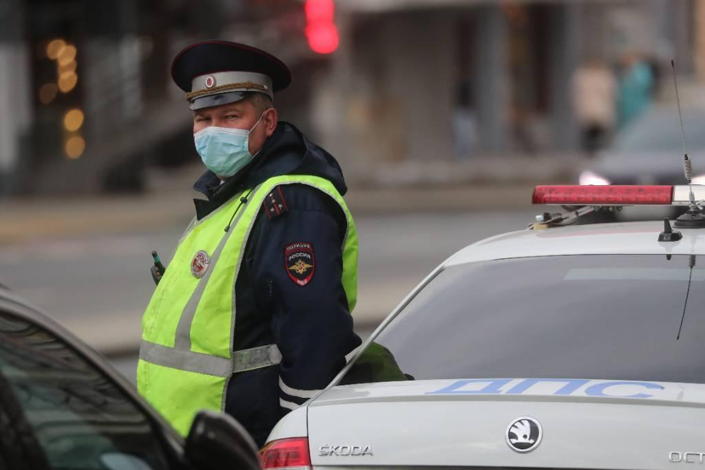 Автоюрист увидел возможную коррупционную схему при введении новых штрафов для водителей