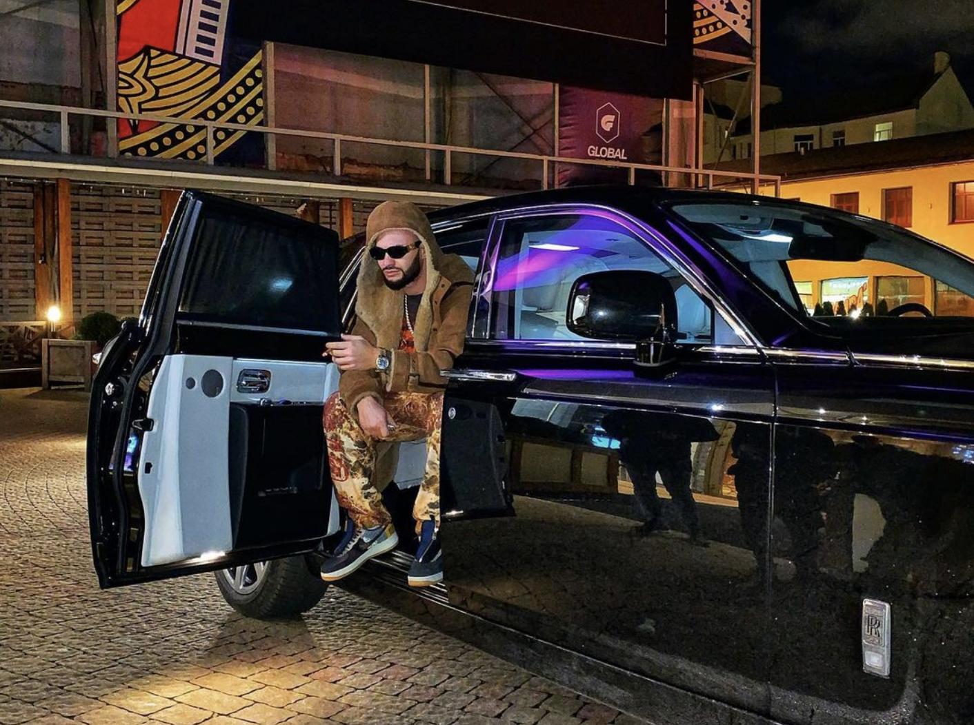 Рэпер Джиган и его Rolls-Royce Фото © Instagram/iamgeegun
