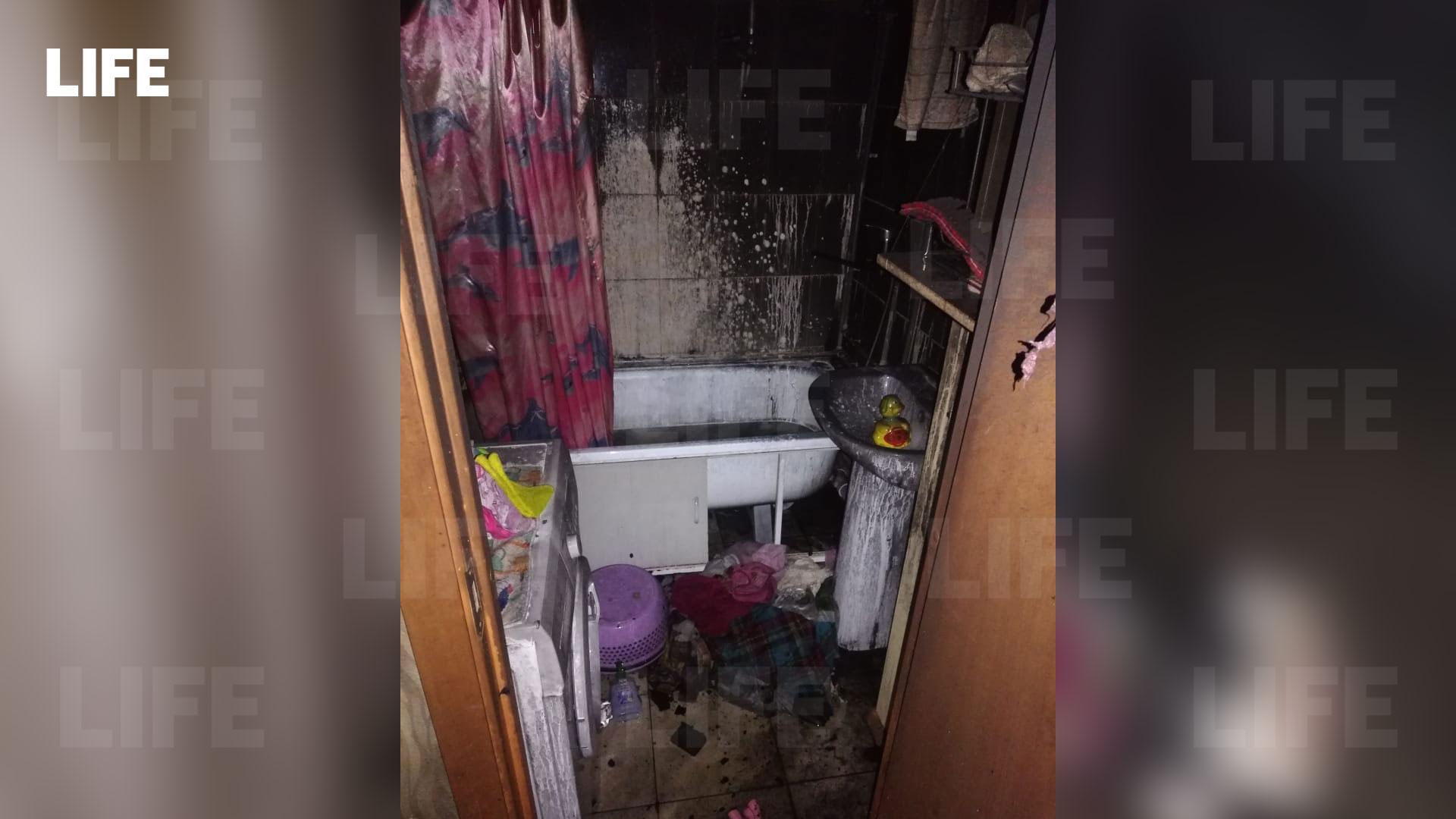 Фото c места происшествия Лайфу прислал гражданский журналист через приложение LiveCorr (доступно на Android и iOS)