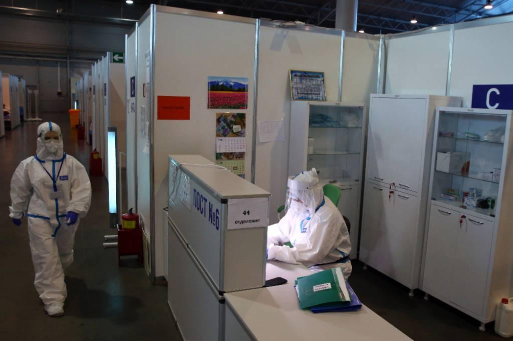 Туристов из Индии отправили на карантин в Петербурге после выявления коронавируса