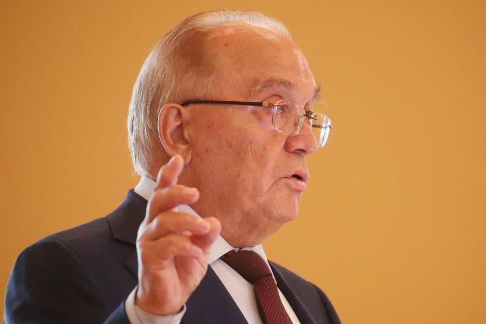 В метре рукой ему махал: Садовничий рассказал, как сбежал с лекции ради встречи с Юрием Гагариным