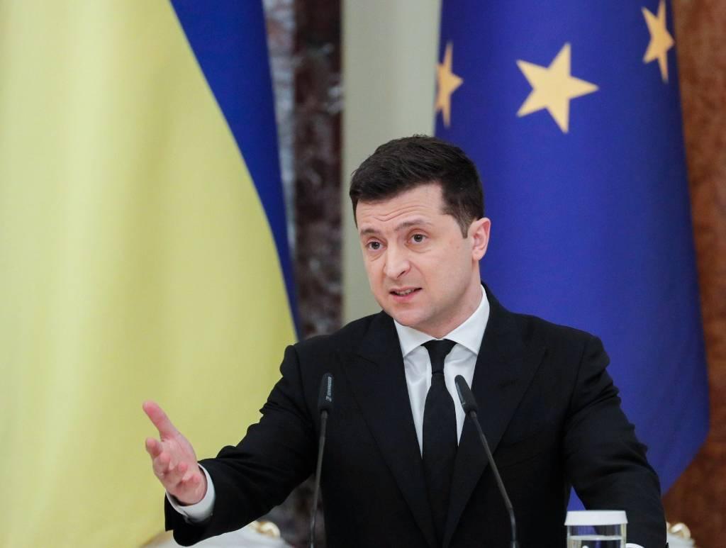 """""""Не можем оставаться в прихожей"""": Зеленский призвал впустить Украину в НАТО и ЕС"""
