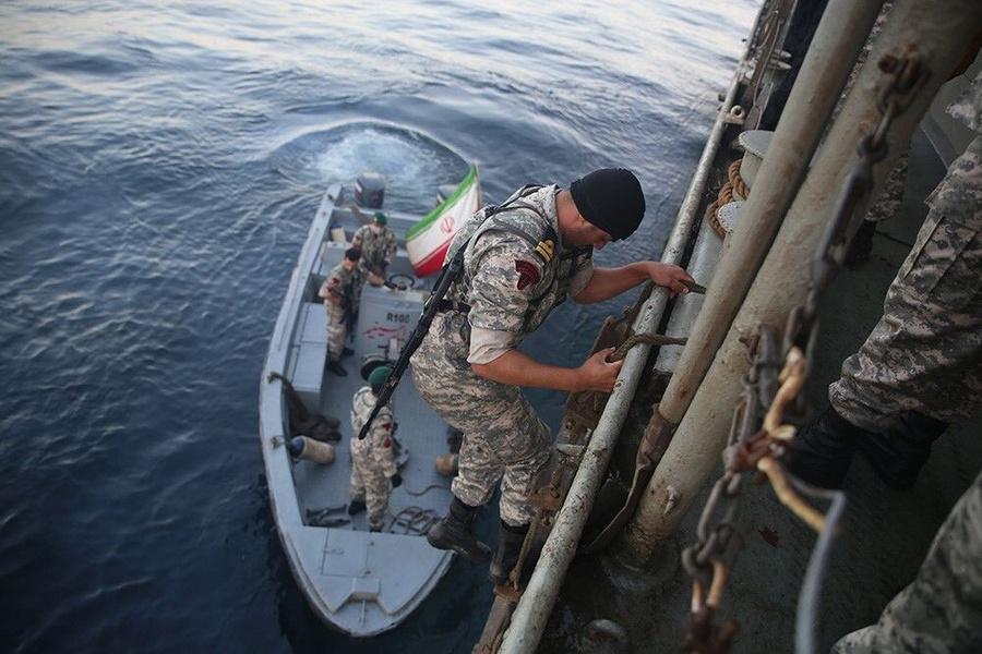 <p>Фото © Iranian Army / Handout / Anadolu Agency via Getty Images</p>