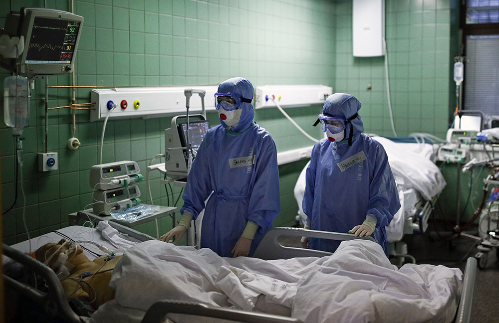 В России за сутки умерло минимальное число ковидных больных с 9 ноября