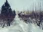 Стела, посвящённая героям и труженикам тыла во время Великой Отечественной войны. Раньше вокруг стелы был сквер. Фото © LIFE