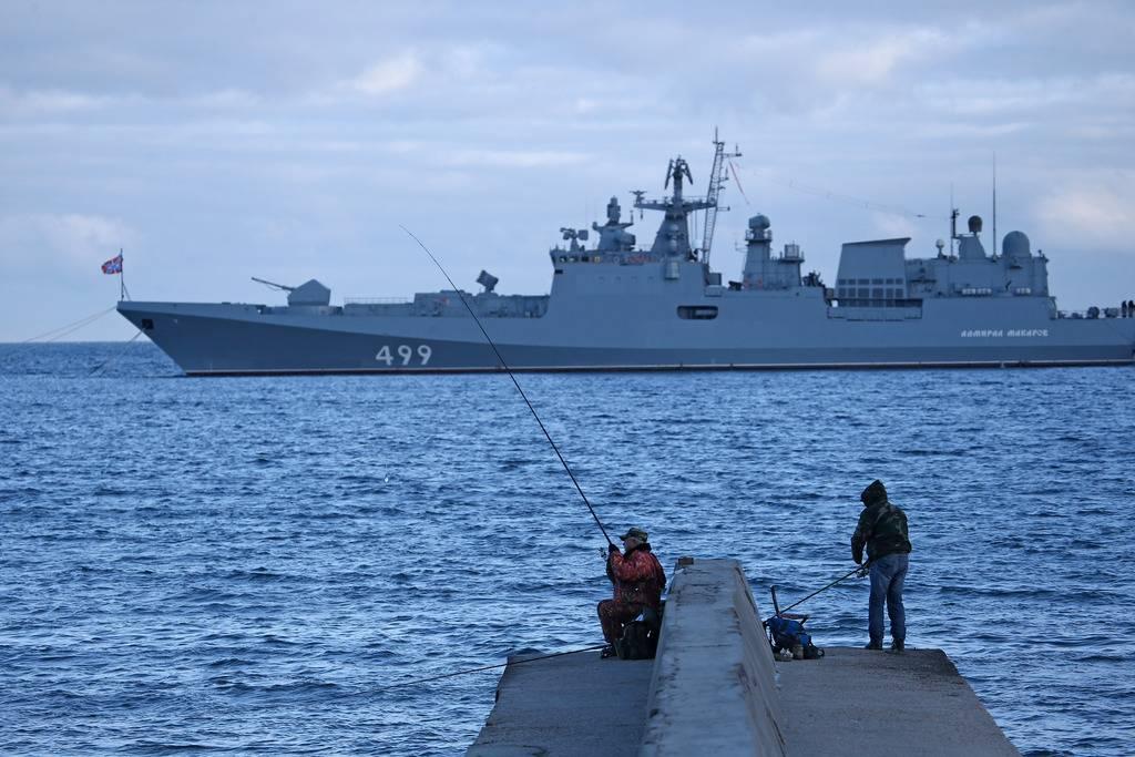 Российские корабли вышли на учения в Чёрное море, куда направляются эсминцы США