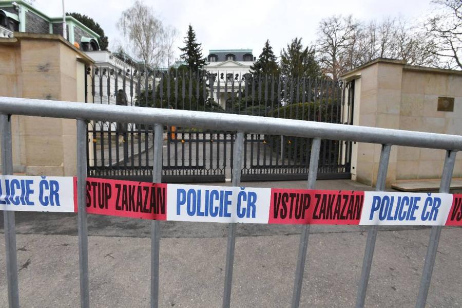 <p>Вид на Посольство России в Праге. Фото © Zuma / ТАСС</p>