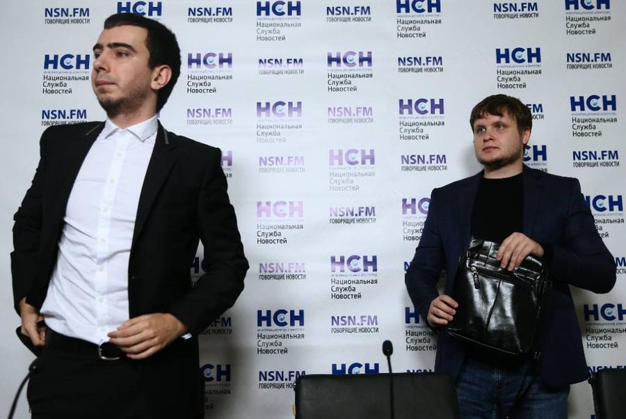 <p>Пранкеры Владимир Краснов (Вован) и Алексей Столяров (Лексус) — слева направо. Фото © ТАСС / Щербак Александр</p>
