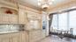 Объявление о продаже жилья в доме, где семье Шпигель принадлежит сразу три квартиры, одна из которых имеет площадь 475 кв. м. Фото© cian.ru