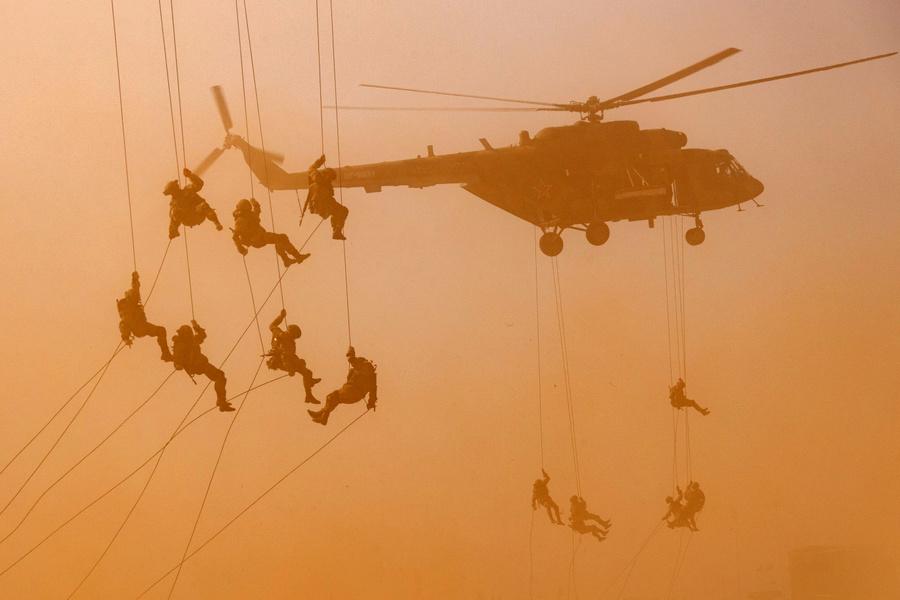 <p>Фото © Вадим Савицкий / Пресс-служба Минобороны РФ / ТАСС</p>