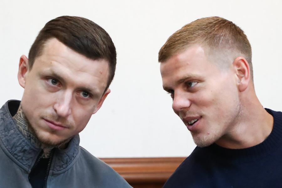 <p>Павел Мамаев и Александр Кокорин. Фото © ТАСС / Антон Новодережкин</p>