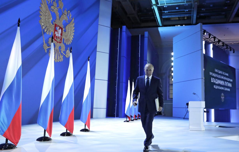 Путин огласил Послание Федеральному собранию, а заодно и россиянам, и вирусологам, и Шерхану