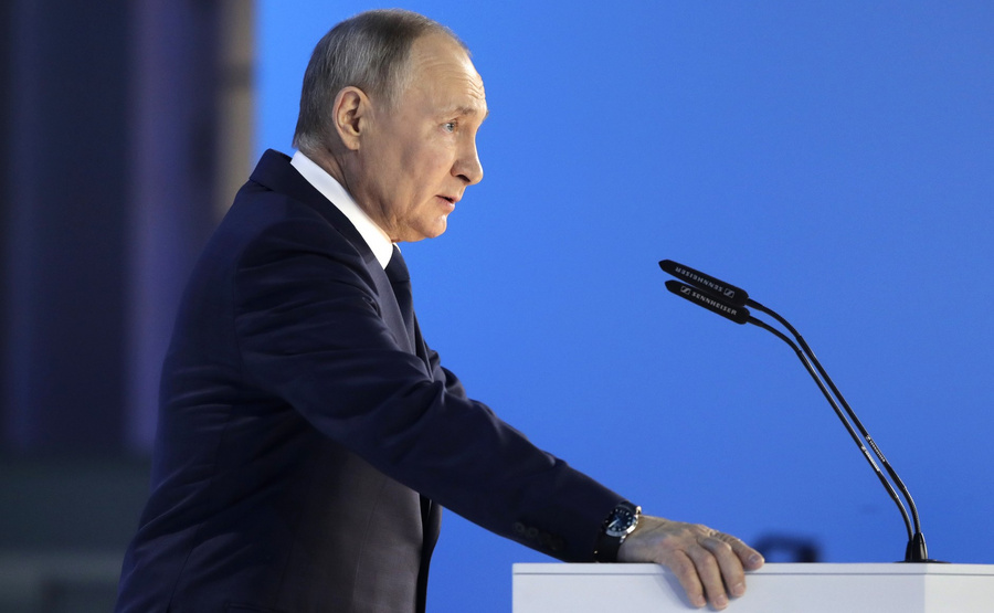"<p>Фото © <a href=""http://kremlin.ru/events/president/news/65418/photos/65515"" target=""_blank"" rel=""noopener noreferrer"">Kremlin.ru</a></p>"