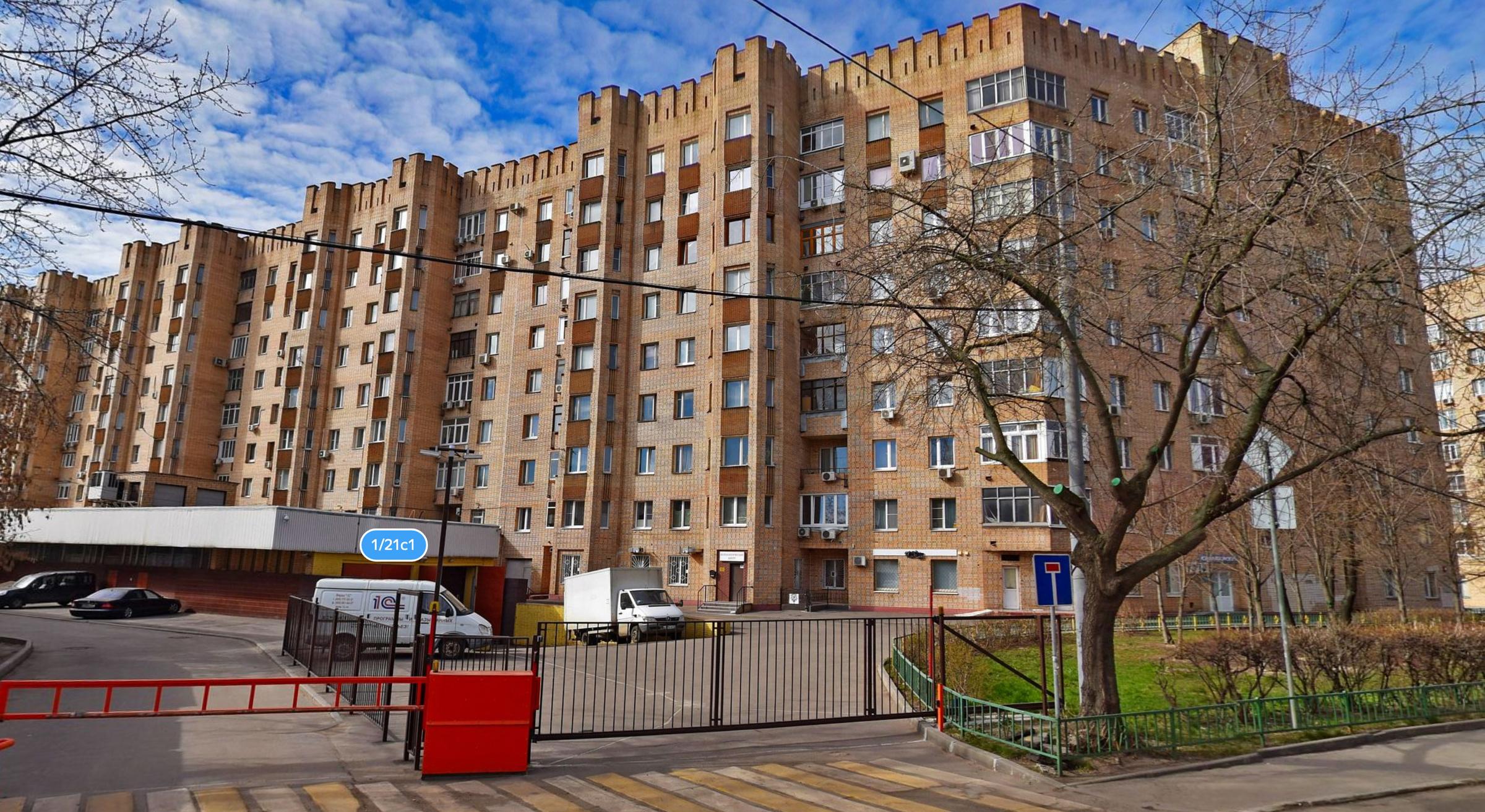 Дом на улице Достоевского. Фото © Яндекс.Карты